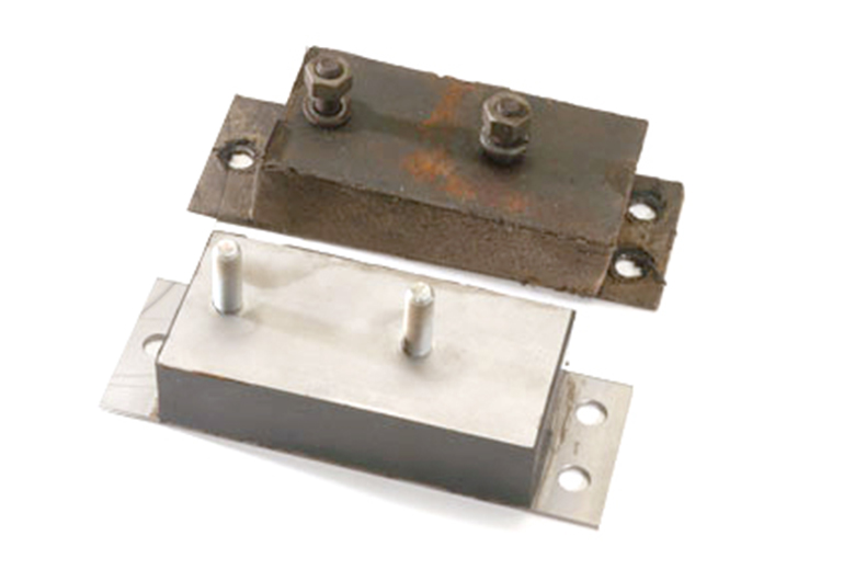 Scout 80, Scout 800 Engine Motor Mount