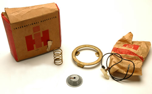 Scout 80, Scout 800 Horn Button Kit (Original NOS Kit)