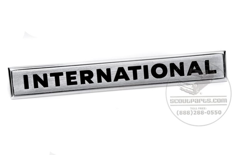 Tailgate Emblem -   International  - NEW