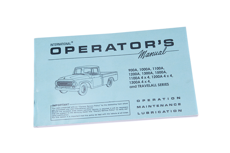 Operators Manual For 1966 Pickup And  (900A-1500A)