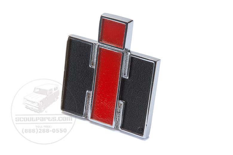 IH Fender Emblem