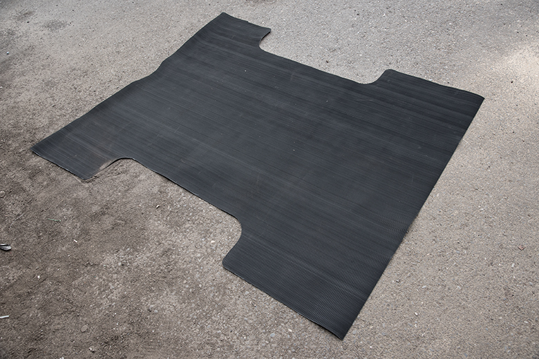 Scout II Rear Cargo Rubber Floor Mat