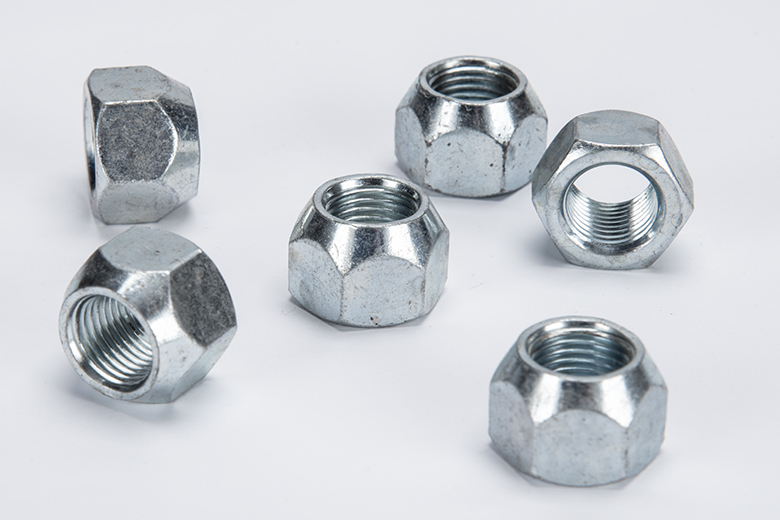 Scout II, Scout 800 Lug Nuts (Disc Or Drum) 800II