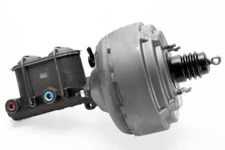Scout II Brake Booster & Master Cylinder