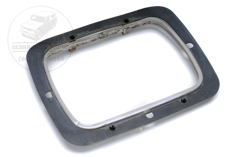 Scout II Head Light Bezel Inner & Outer - 1980