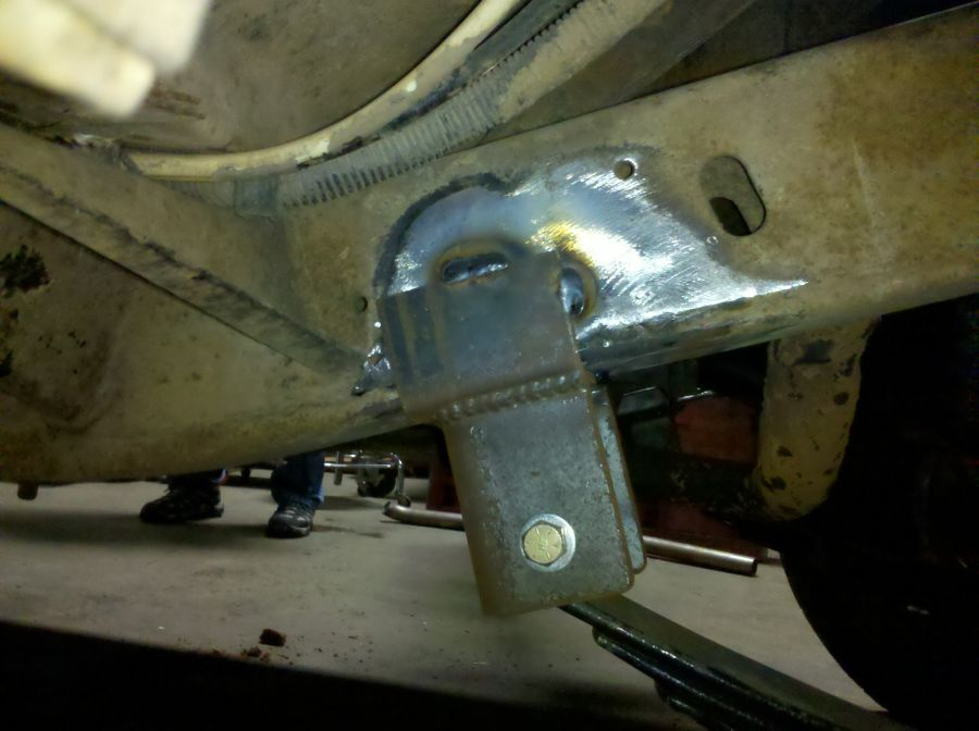 Scout II Frame to Spring Mount Bracket - Rear Mount of Front Springs. Bigger, stronger, beefier