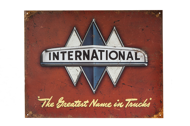 International Truck Logo Metal Sign