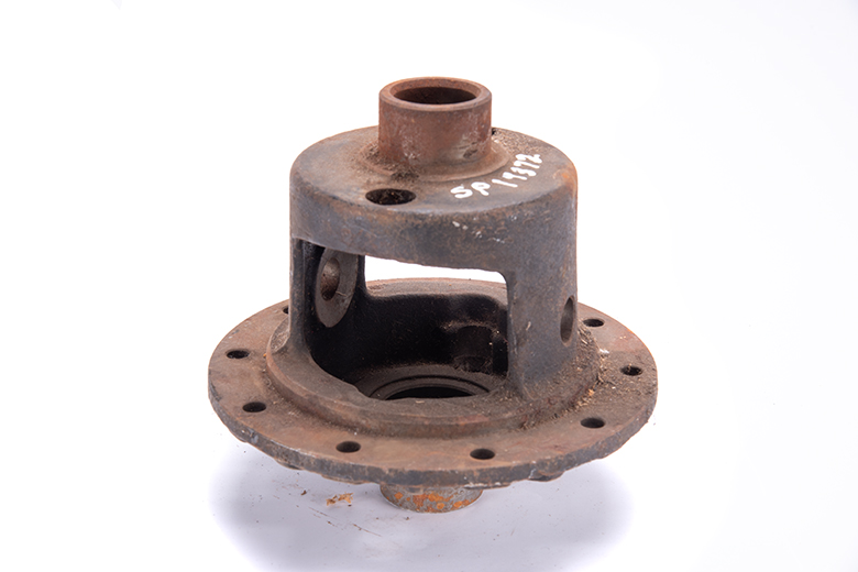 Scout II, Scout 800 Dana 44 Differential Carrier - New Old Stock