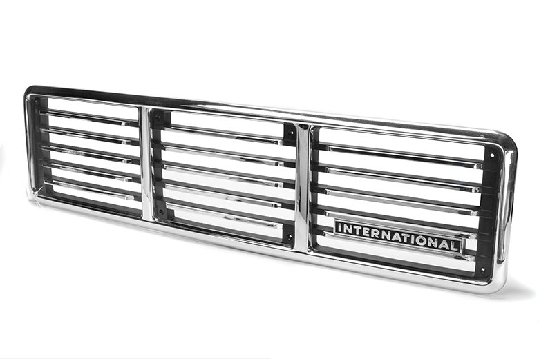Scout II Grille Chrome 1976 - New Old Stock