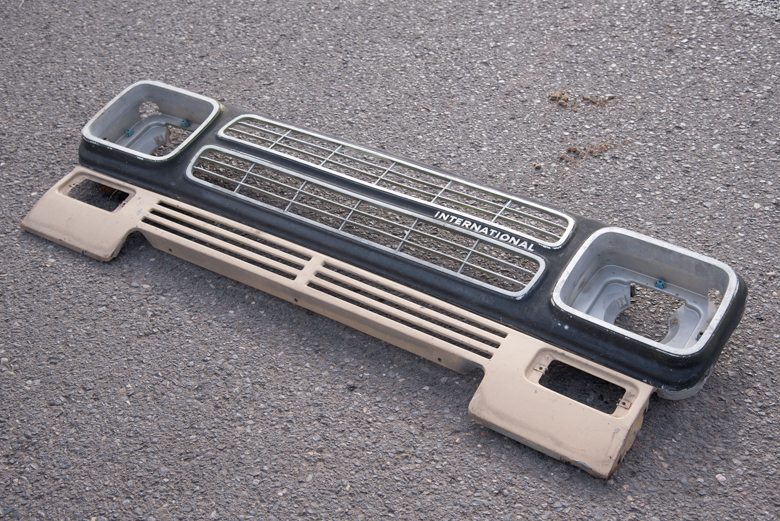 Scout II, Scout II Diesel - 1980 Grille Panel - square head lights