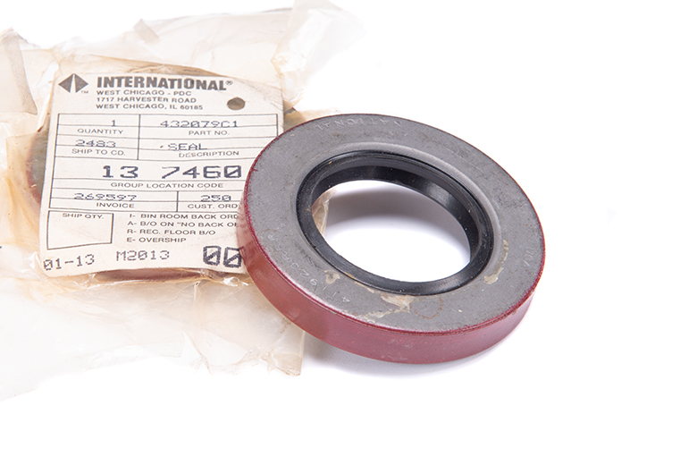 Output Shaft Seal For TC143 Transfer Case