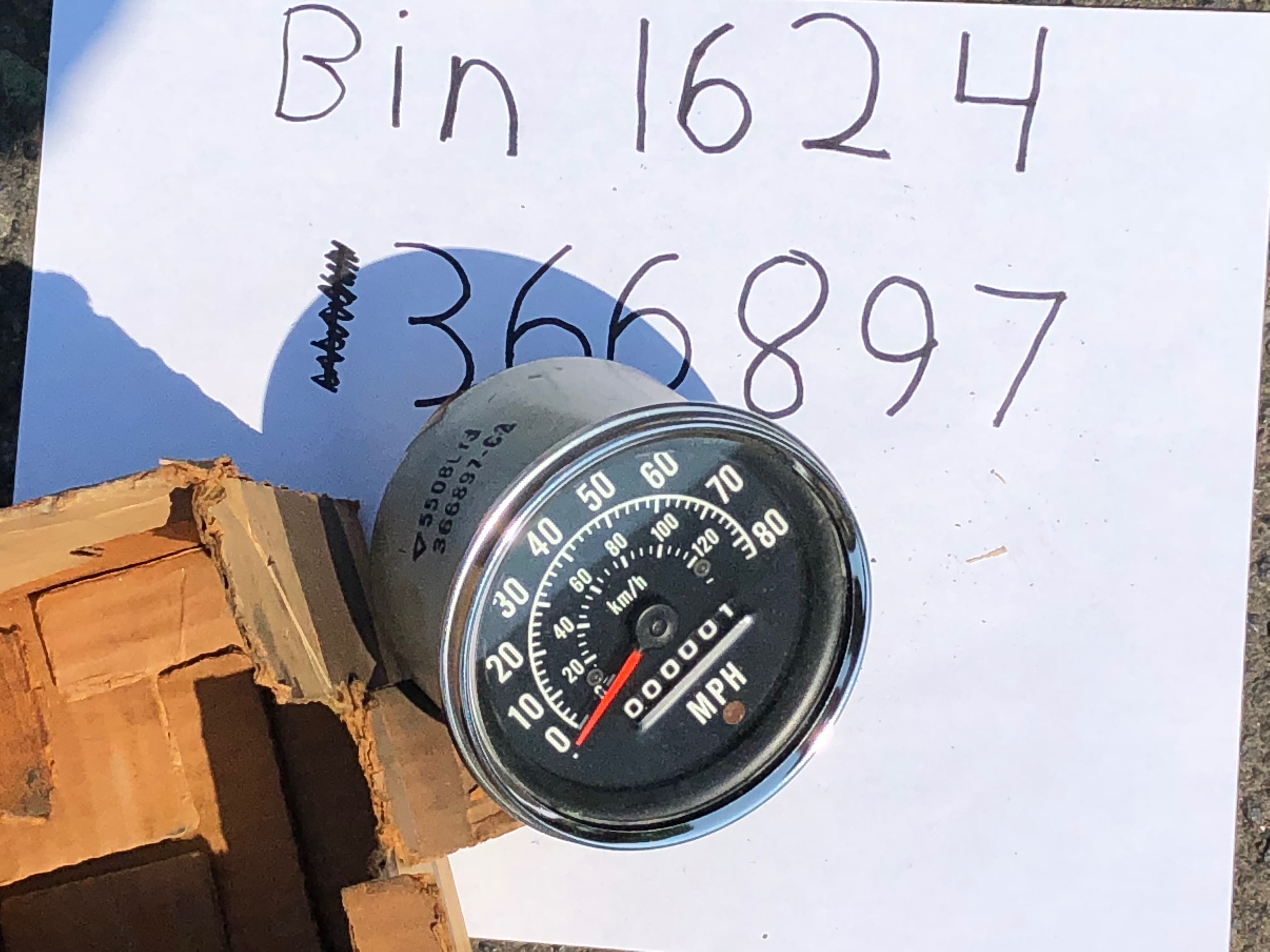 Scout 800 Gauge Speedo Metric And MPH - New Old Stock