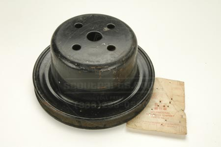 Pulley for second belt for 4 & 8 cylinder IH engines