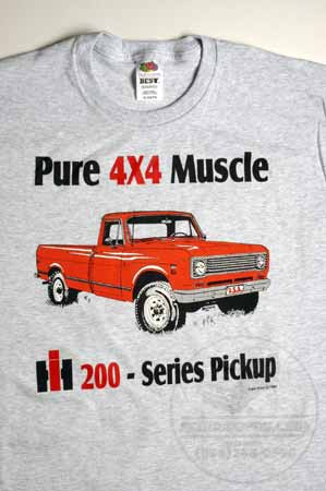 "IH 200 - Series Pickup ""Pure 4x4 Muscle"" T-Shirt"