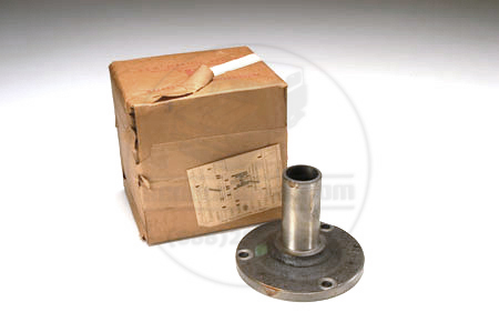 Scout 80, Scout 800 Bearing Retainer for T-90 Transmission