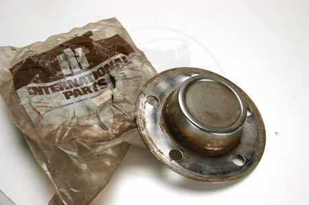 Hub Cap Chrome Rallye Rear wheel center covers. - New Old stock