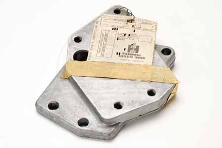 Scout II, Scout 80, Scout 800 new old stock Oil Filter Adapter Plate